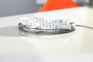 60 LEDs/Meter - SMD 3014 - Flexible LED Schiene